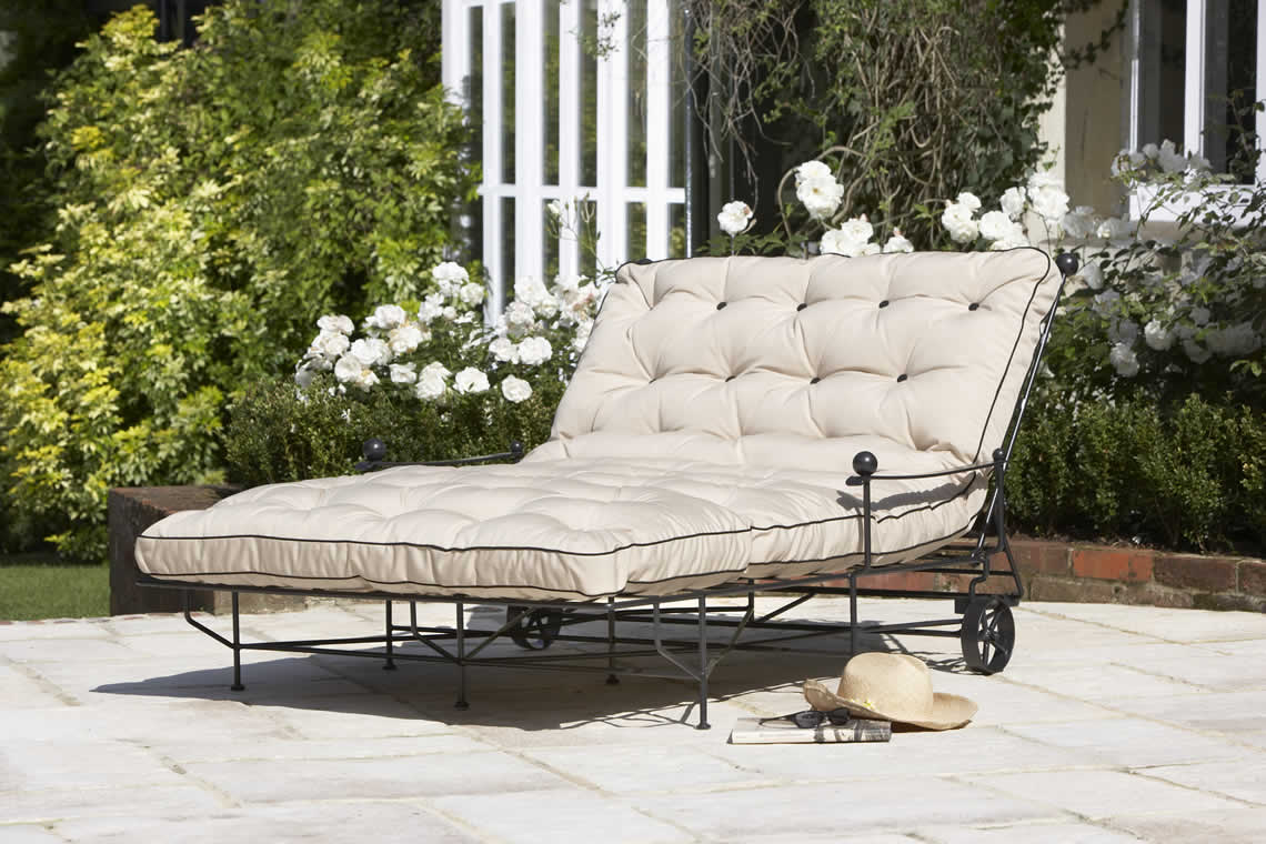 Chaise longue category on the heveningham collection for Chaises longues doubles