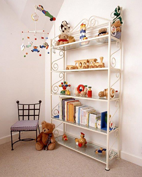 Child's Freestanding Shelves